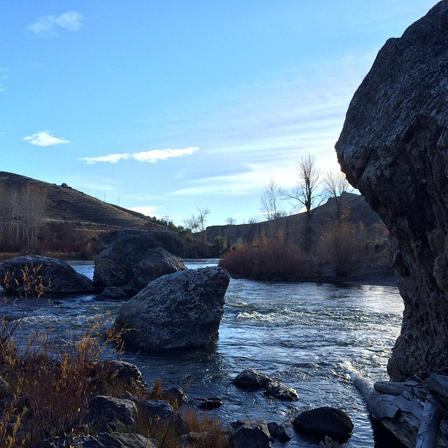 I kinda miss the simplicity of Salmon Idaho.  #idaho #river #rocks #sky #water #salmonriver 3
