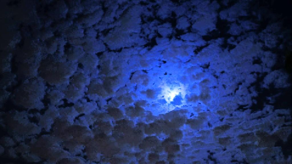 Blue Moon Eve Timelapse in 4K